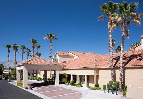 Courtyard Tucson Williams Centre
