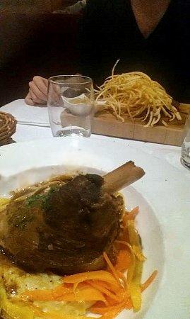 Brasserie Jues : Souris d'agneau, purée de ratte et tagliatelles de légumes