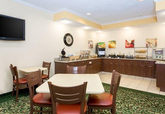 Kokomo, Индиана: Breakfast Buffet