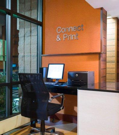 Laurel, MD: Business Center