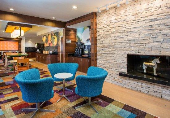Ashland, Кентукки: Lobby Seating Area