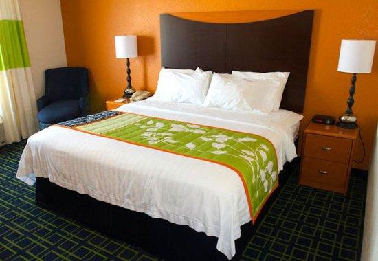 Beloit, WI: King Guest Room