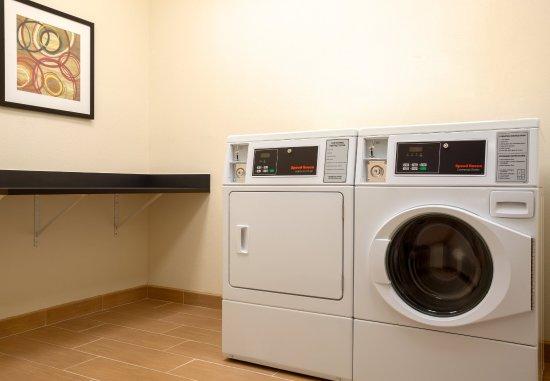 Texas City, TX: Guest Laundry