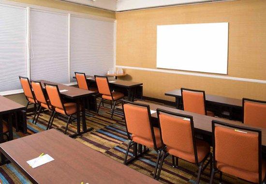 Fairfield Inn Anaheim Hills Orange County: Cabana Room
