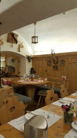 Santa Maria Val Mustair, Switzerland: The breakfast hall