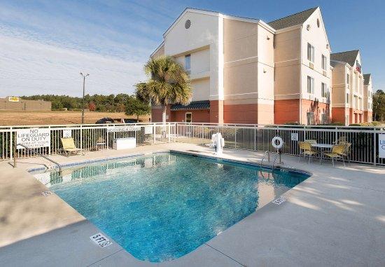 Orangeburg, SC: Outdoor Pool