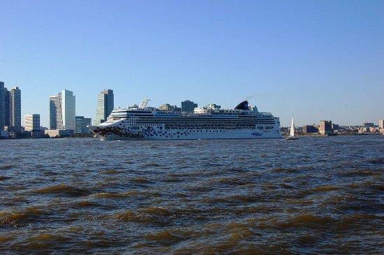 Millenium Hilton: Cruise Package