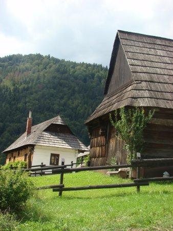 Ružomberok, Slovensko: De houten huizen