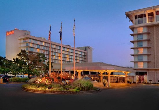 Marriott St. Louis Airport: Exterior