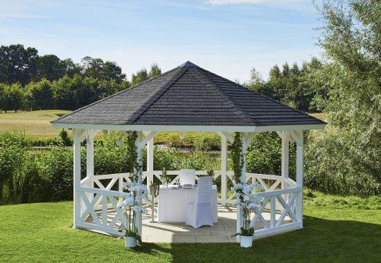 Sprowston, UK: Pagoda - Wedding Setting