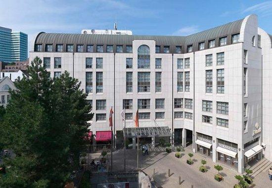 Hamburg Marriott Hotel : Exterior