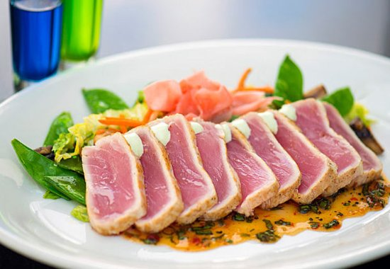 West Conshohocken, PA: Seared Ahi Tuna