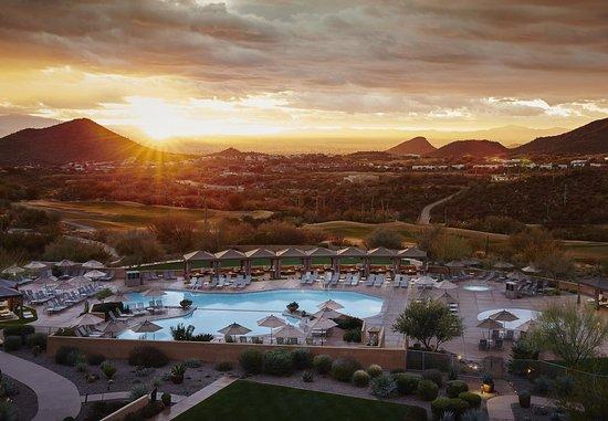 JW Marriott Tucson Starr Pass Resort & Spa : Sunrise At The Resort
