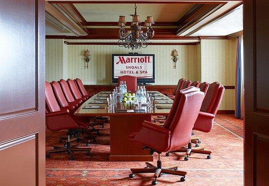 Florence, AL: Landrum Boardroom