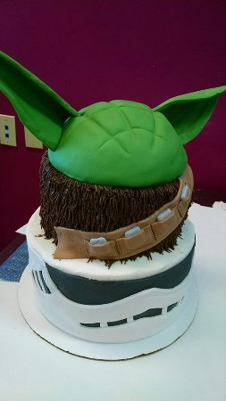 Mount Juliet, TN: Custom Star Wars Cake (3 Characters)