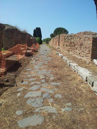 Ostia Antica, Italy: Strada Romana