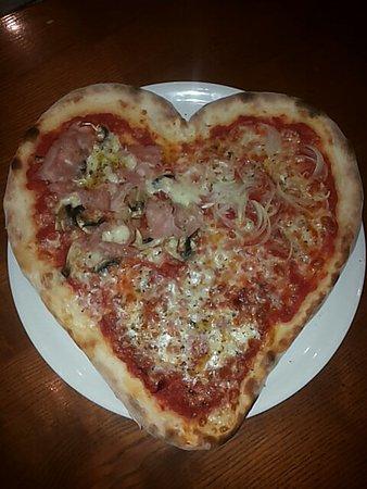 The Lion Pub: Valentine heart