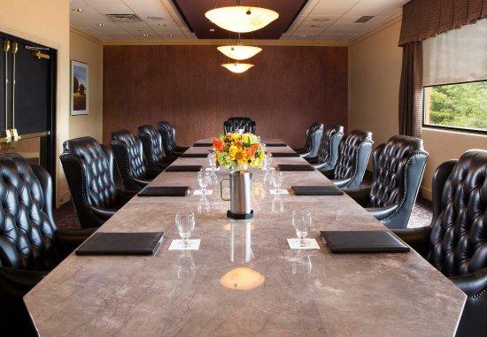 Ypsilanti, MI: Conference Room    Boardroom Setup
