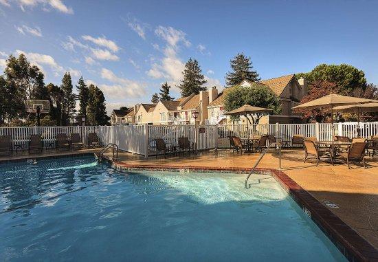 ฟรีมอนต์, แคลิฟอร์เนีย: Outdoor Pool