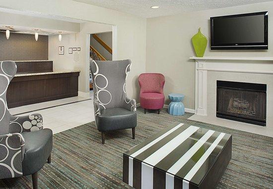 Residence Inn Lexington North: Lobby