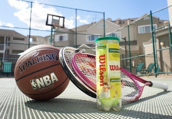 Warren, MI: Sport Court®