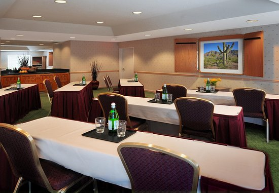 Residence Inn Scottsdale Paradise Valley Photo