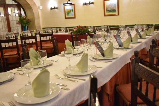 Castellbisbal, Spain: Mesas preparadas para un cumpleaños.