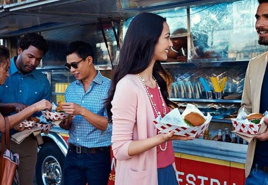 Westborough, ماساتشوستس: Food Trucks - Residence Inn Mix
