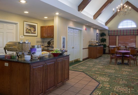 Vacaville, CA: Complimentary Breakfast Buffet