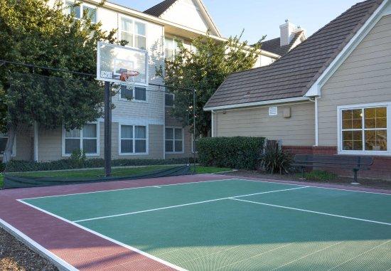 Vacaville, Californien: Sport Court®