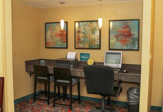 Westford, MA: Business Center