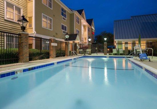 Monroe, LA: Outdoor Pool