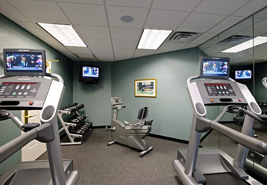 North Dartmouth, MA: Fitness Center