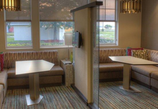 Sebring, FL: Private Lounge