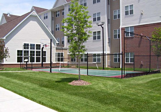 O'Fallon, MO: Sport Court