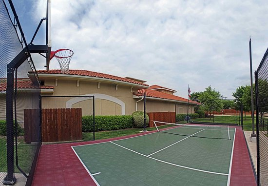 Temple, TX: Sport Court