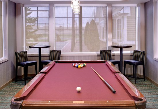 Saginaw, MI: Billiards Room