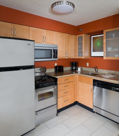 Poland, OH: Two-Bedroom Suite    Kitchen