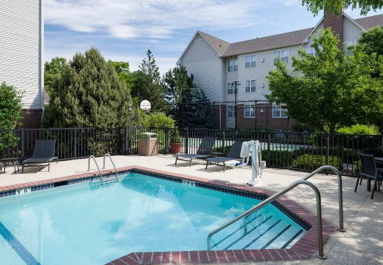 Highlands Ranch, CO: Outdoor Pool