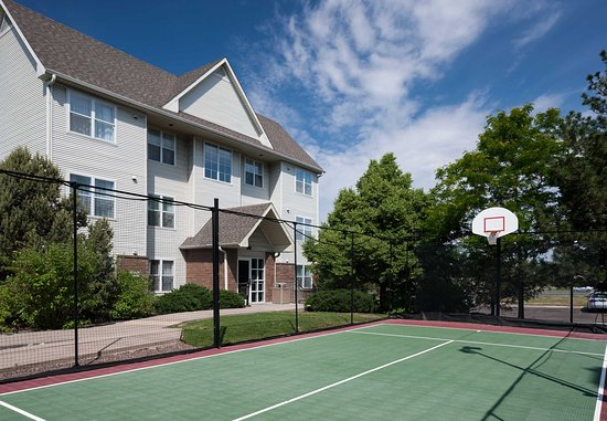 Highlands Ranch, CO: Sport Court