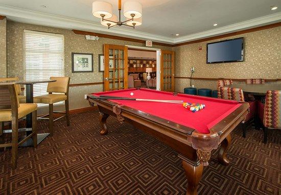 Dulles, VA: Billiard Table