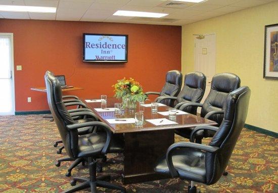 Lebanon, New Hampshire: Boardroom