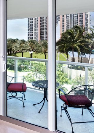 Balcony - Picture of Ocean Reserve Condominium, Sunny Isles Beach - Tripadvisor