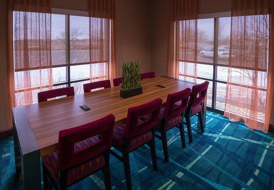 Bolingbrook, IL : Meeting Area