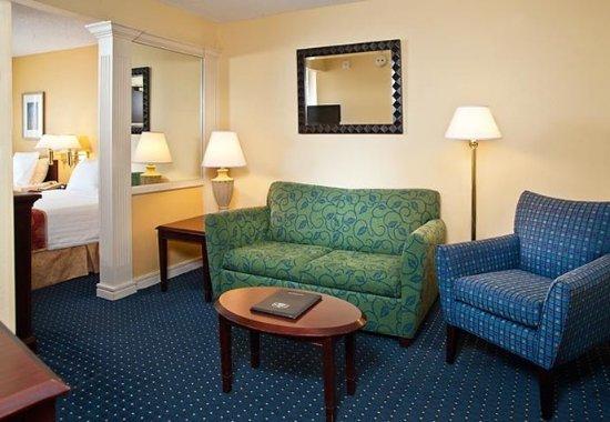 Centreville, VA: Suite Living Area