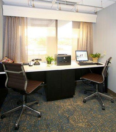 Eden Prairie, Minnesota: Business Center
