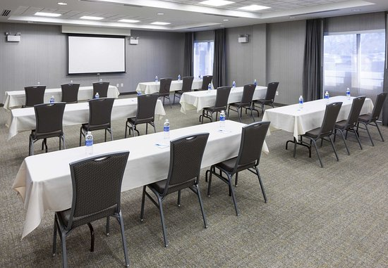 SpringHill Suites Portland Vancouver: Columbia Meeting Room