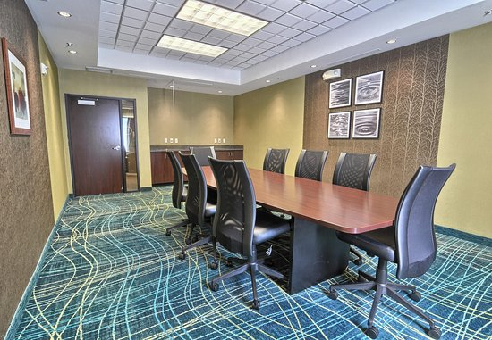 Southfield, MI: Boardroom
