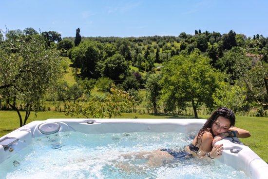 Bagno a Ripoli, Włochy: Jacuzzi Esterna