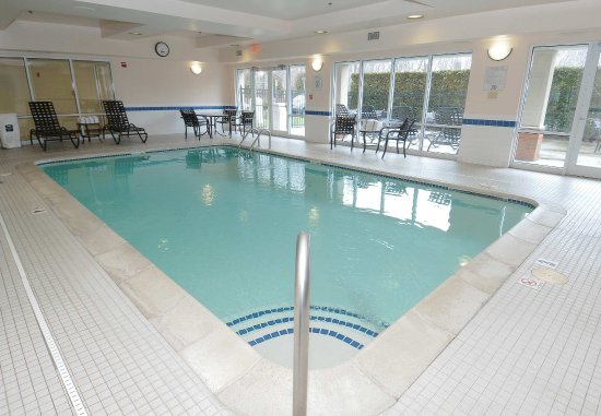 ‪‪West Warwick‬, ‪Rhode Island‬: Indoor Pool & Spa‬